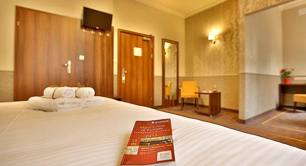 Amber design hotel krakow poland escape2poland for Design hotel krakow