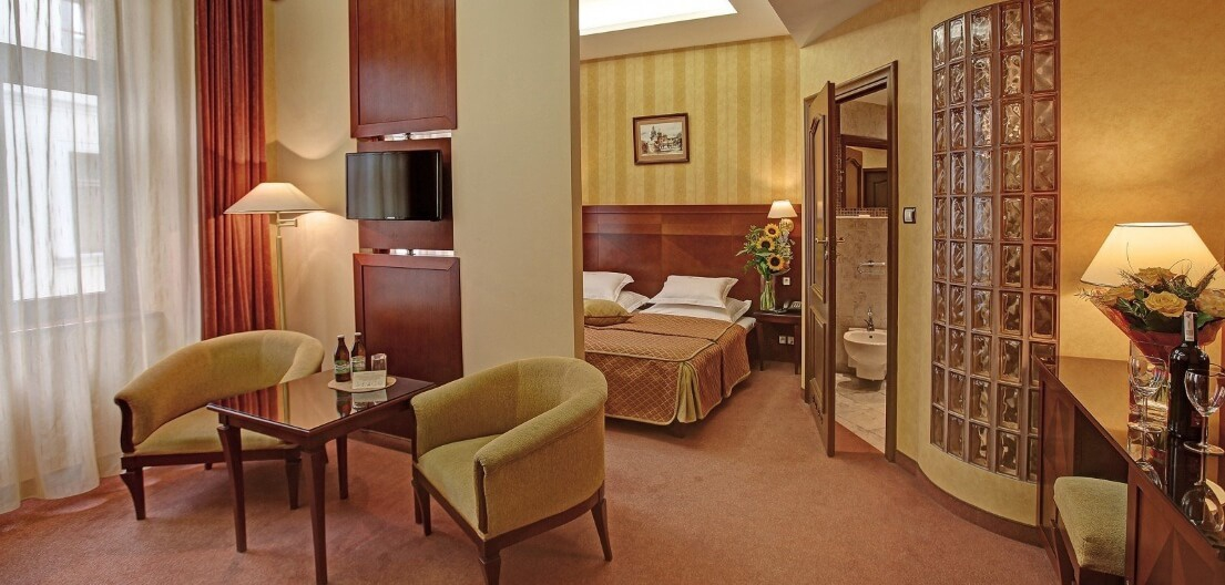 Wawel Hotel-/upload/hotel-double-room-5b03ef404eac2.jpeg