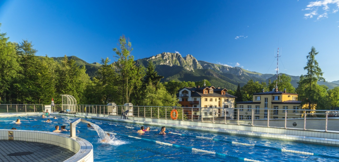 Hotel Aquarion-/upload/gallery_file_taras-widokowy-aquapark-zakopane_e1a650_full-5b8e68156c5bf.jpeg